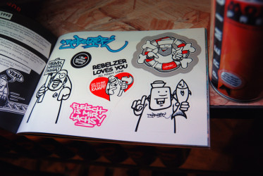 Brainfart Stickermag XL - Vol. 4